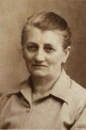Sa femme Gustavine